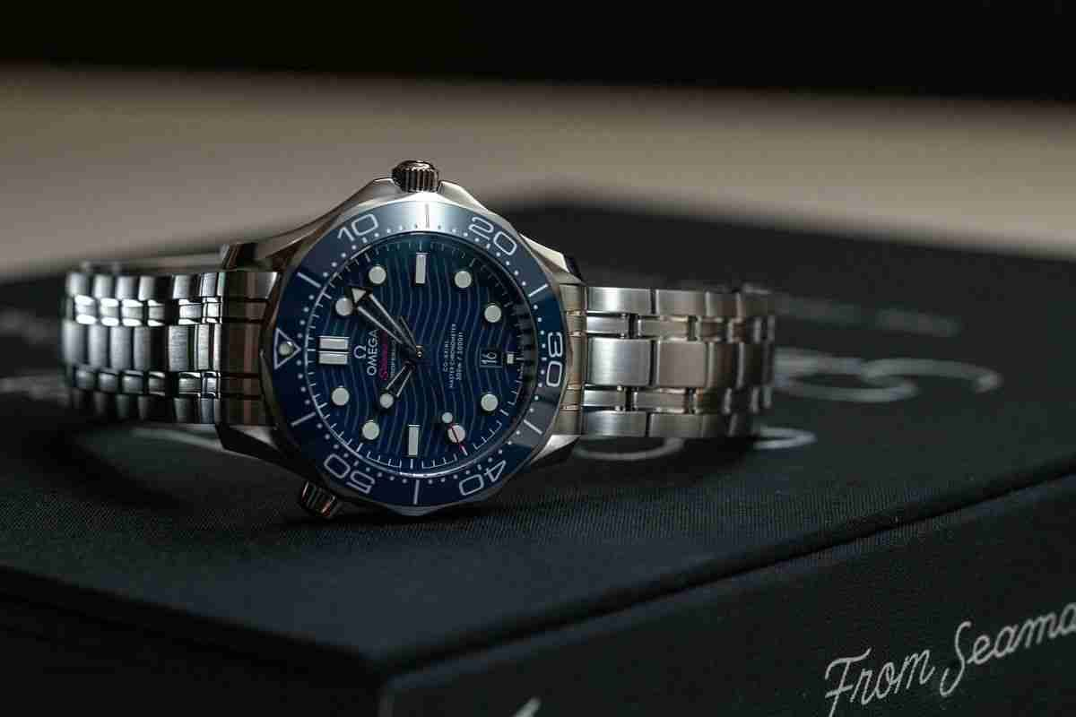 2018 Classic Replica Omega Seamaster Professional 300M Stainless Steel Ceramic Bezel 42mm Watch Review