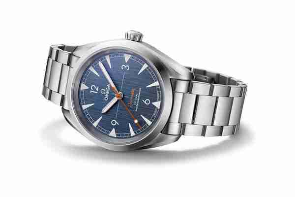 2018 Latest Update Best Replica Omega Seamaster Railmaster Blue Denim Dial 40mm Stainless Steel Watch Guide